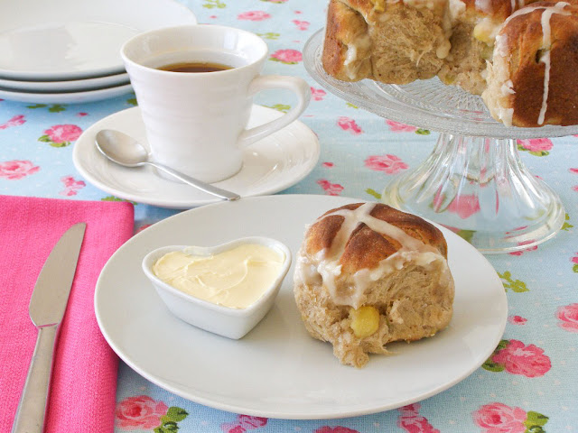 Vegan Apple and Cinnamon Hot Cross Bun with Maple Icing