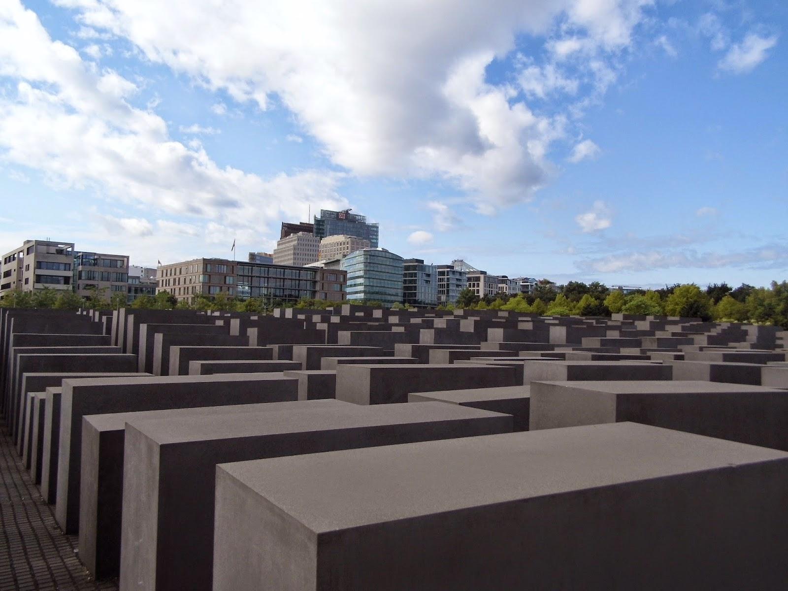 Memorial to the Murdered Jews of Europe, Pomnik Pomordowanych Żydów Europy, Denkmal für die ermordeten Juden Europas lub Holocaust-Mahnmal  Berlin Marta Deląg photography