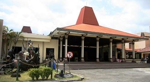 Museum RonggoWarsito Semarang