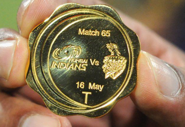 Toss-coin-match-65-MI-v-KKR