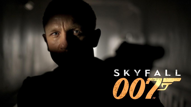 http://3.bp.blogspot.com/-n4LsCaXYHfs/UCfLeY4SOHI/AAAAAAAAOTc/NY-k4LHYCZc/s1600/Skyfall_movie_Wallpaper.jpg