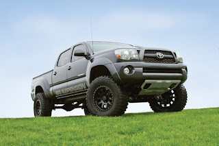 Toyota Tacoma car model sale value in 2013 5675756