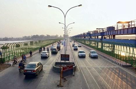 Kalindi Kunj Bridge
