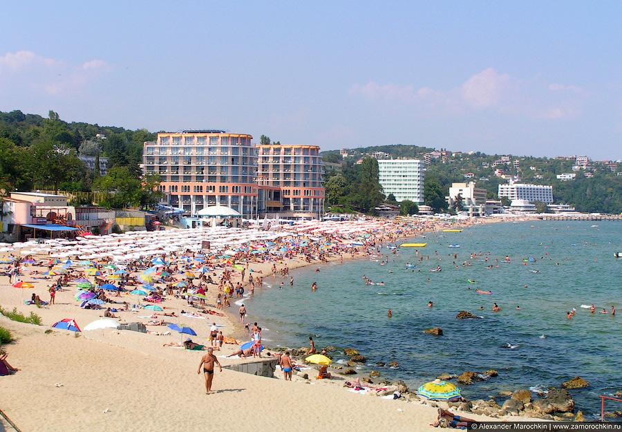 Пляж в районе отеля Azalia, Св. св. Константин и Елена, Болгария