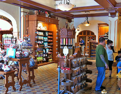 Trolley Treats candy shop DCA Disney Buena Vista Street