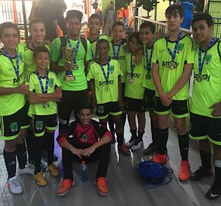 Bob Soccer School sella el 2017 con titulo en categoría Sub-13