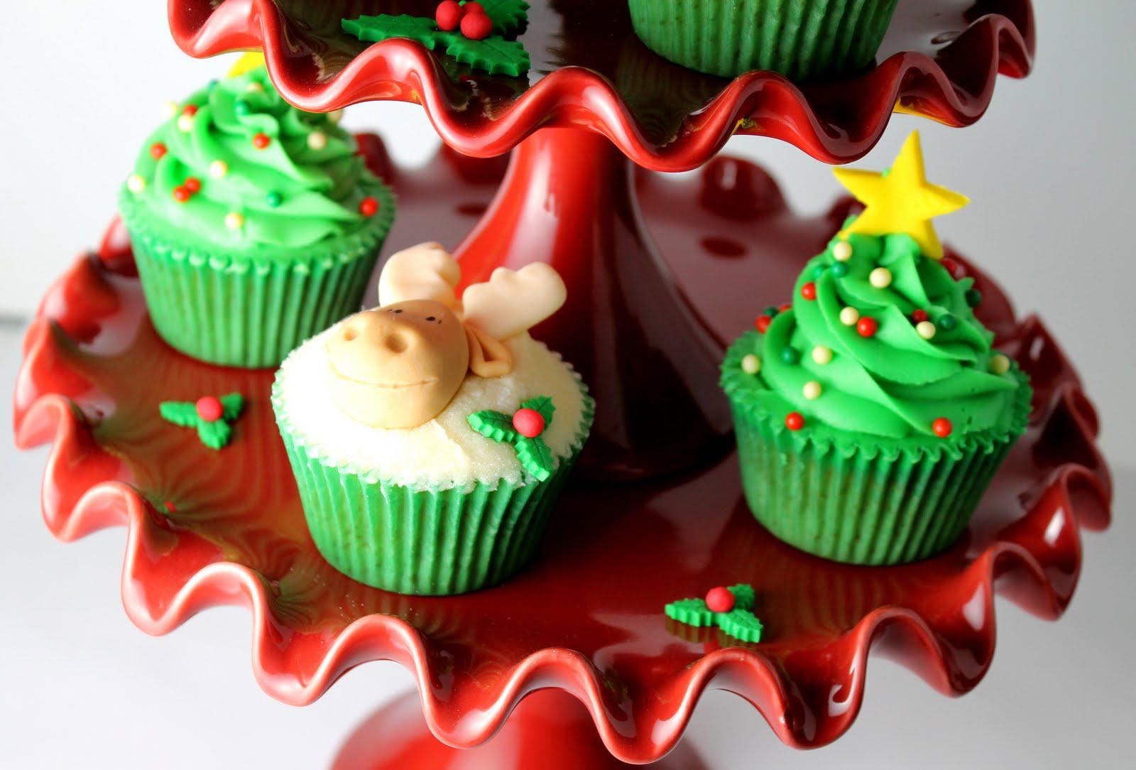 Objetivo cupcake perfecto ha llegado la navidad al blog for Decoracion en cupcakes