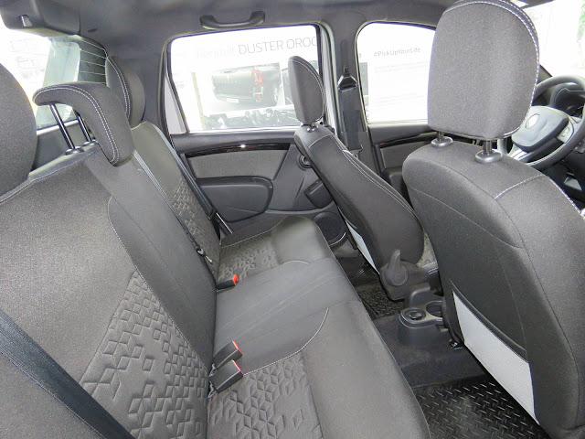 Reanult Duster Oroch 1.6 - interior - espaço traseiro