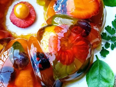 http://executivadepanela.blogspot.com.br/2013/10/gelatina-com-frutas.html