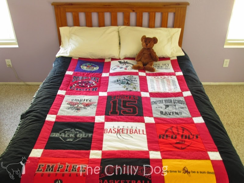 Sewing Tutorial: How to make a keepsake T-shirt quilt