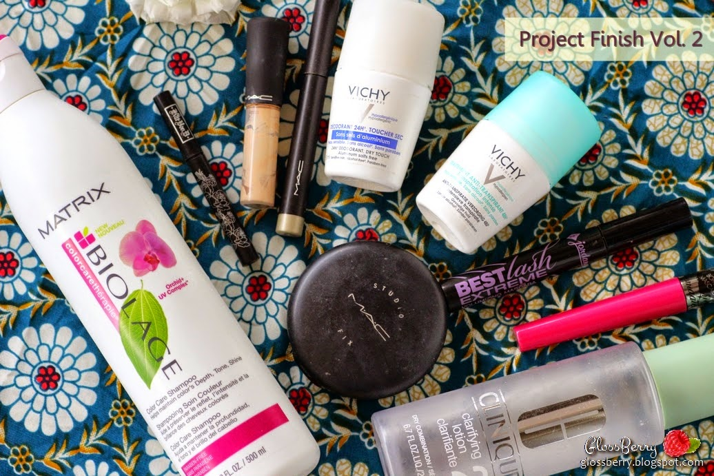 empties project finish matrix biolage colortherapie shampoo vichy deodorant mac mineralize concealer kat  von d tatooliner trooper cose exte cosmagic mascara clinique clarifying lotion 2 mac shadestick jordana mascara  best lash extreme mac studio fix בלוג איפור וטיפוח מוצרים שסיימתי סקירה ביקורת גלוסברי glossberry