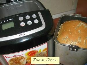 paine-de-casa-facuta-la-masina-1