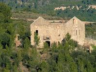 Cal Marianó des de la carretera de Castellnou de Bages