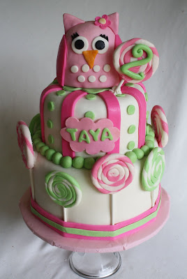 Pink Owl Cake with Lollipops