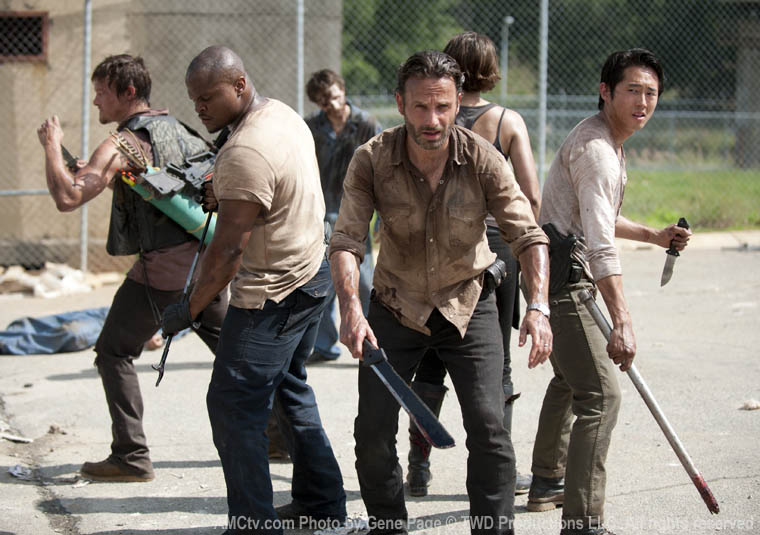 The Walking Dead 3x01 - el grupo