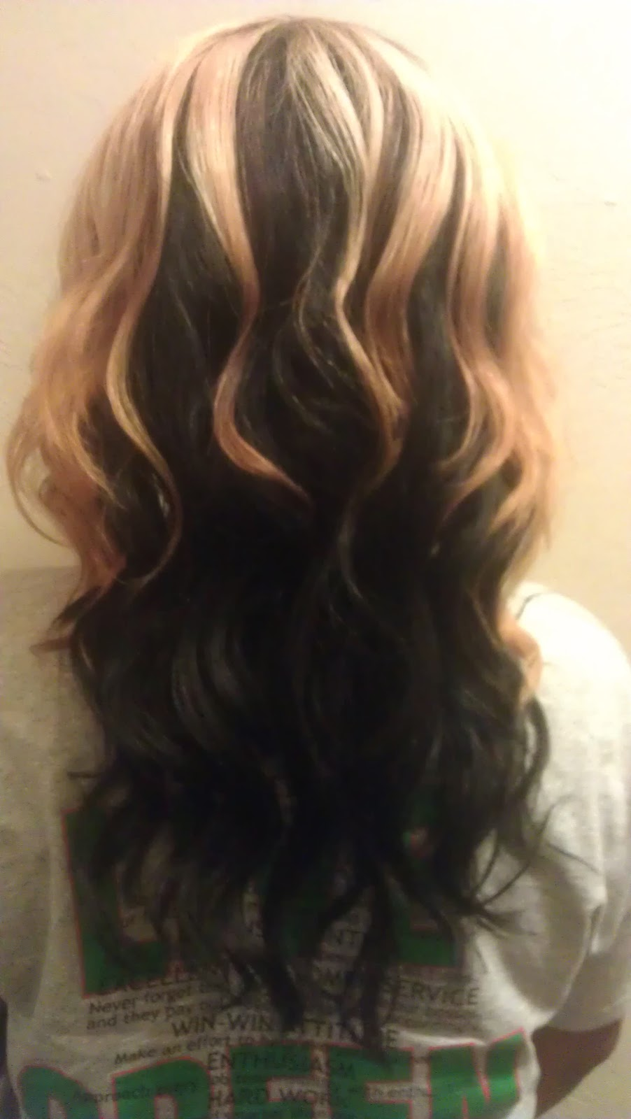 Displaying 18> Images For - Back View Of Layered Hair...
