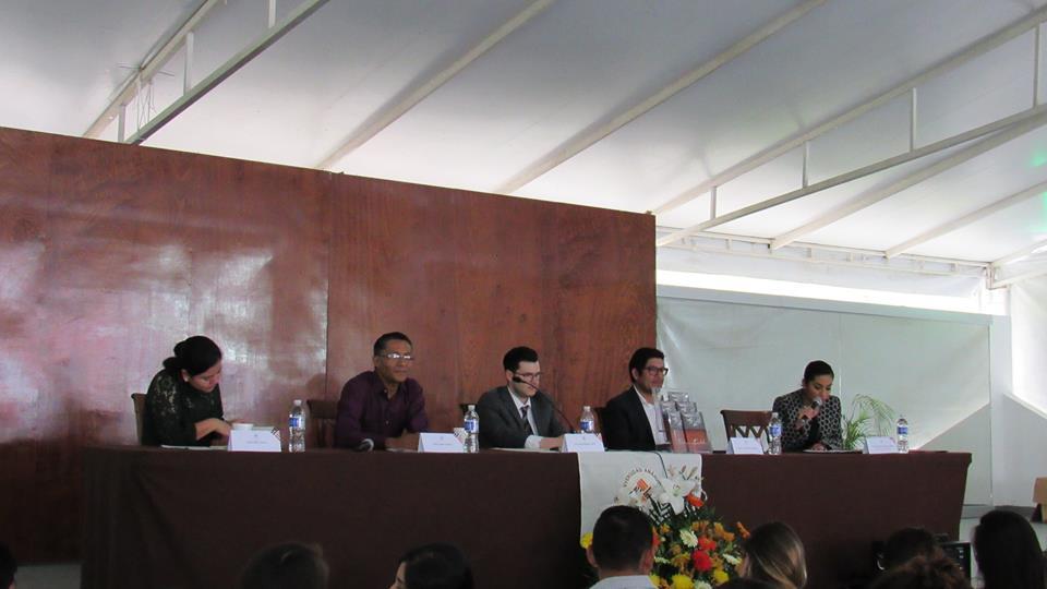 "SE PRESENTÓ ""LEYENDAS DE CÓRDOBA"" EN EXHIBICIÓN DEL LIBRO UNIVERSITARIO"