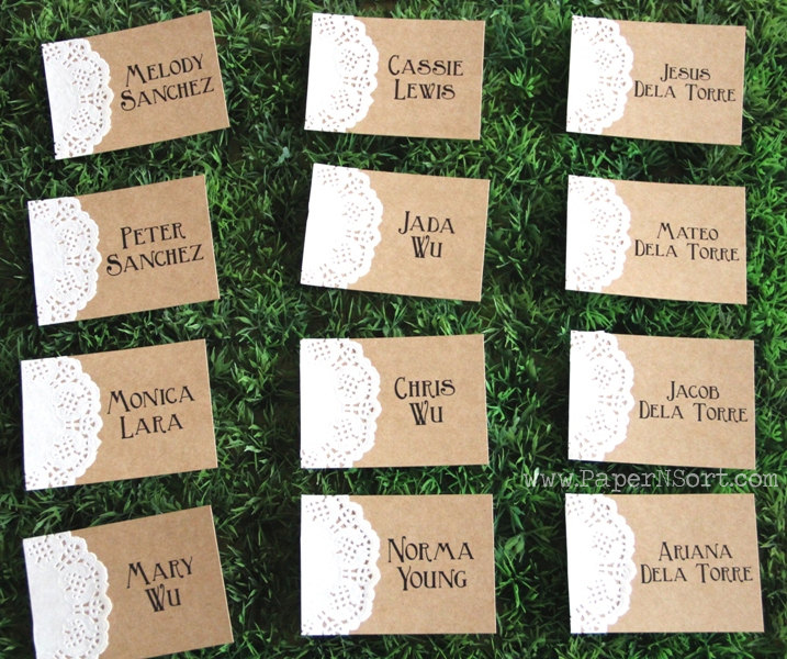 rustic place cards made of Kraft paper and doily for weddings