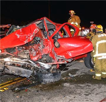 1 Dead and 2 Injured in Personal Injury Car Accident