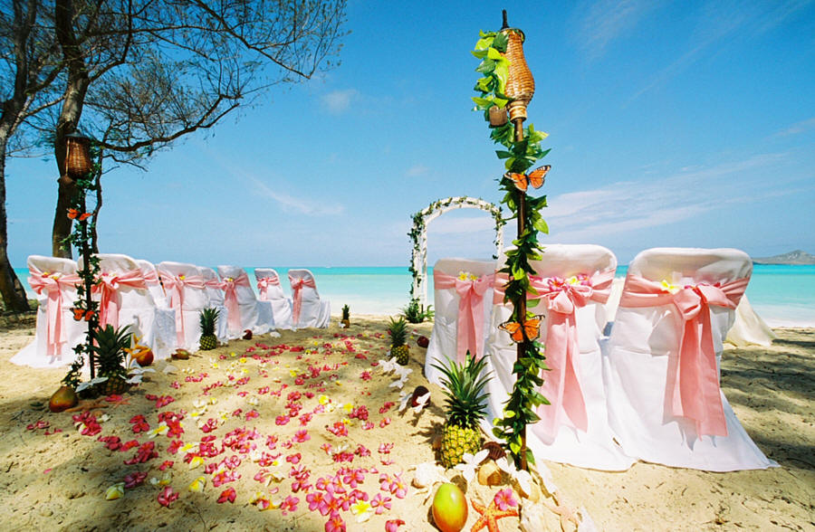 Beautiful beach and cruise best places for a beach wedding for Beautiful places for a wedding