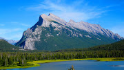 Before I get to Banff, I just have to say that we drove through Jasper . (img )