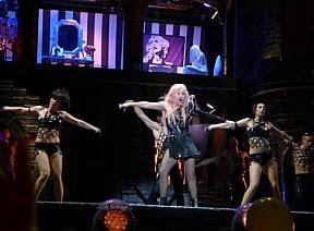 Lady Gaga faz show para 40 mil pessoas, estimativa era 90 mil