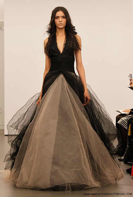Fashion room new designs of bridal dress vera wang fall 2o11 for New vera wang wedding dresses