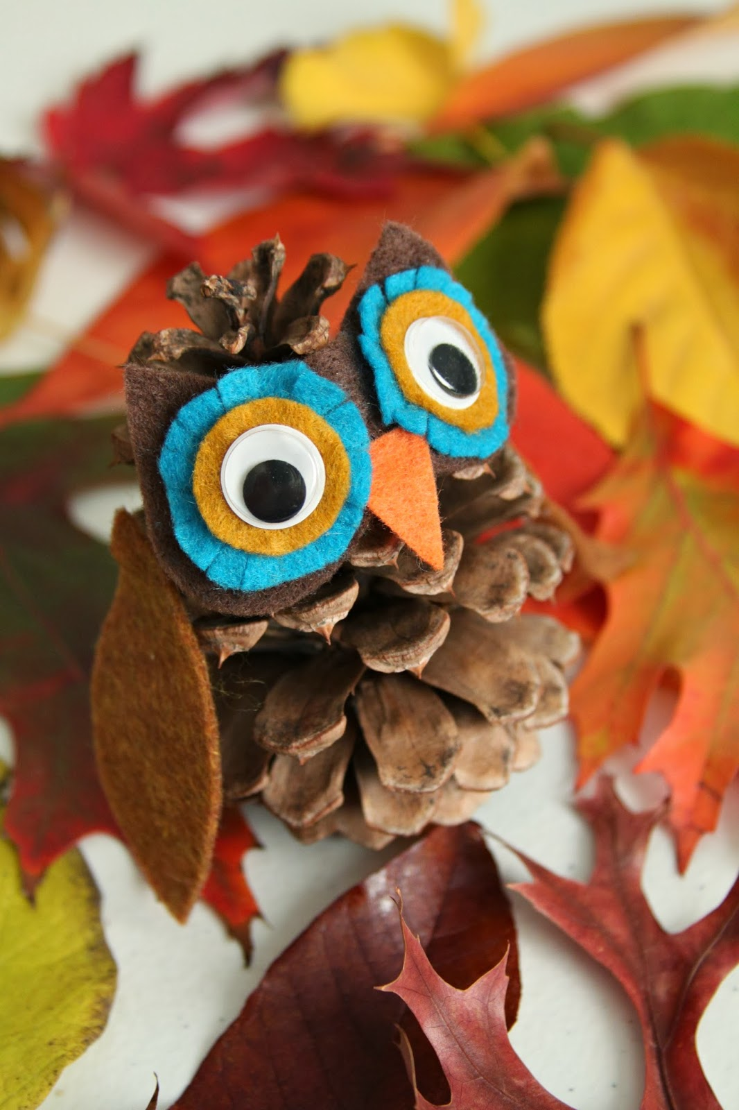 DIY Pine Cone Owl