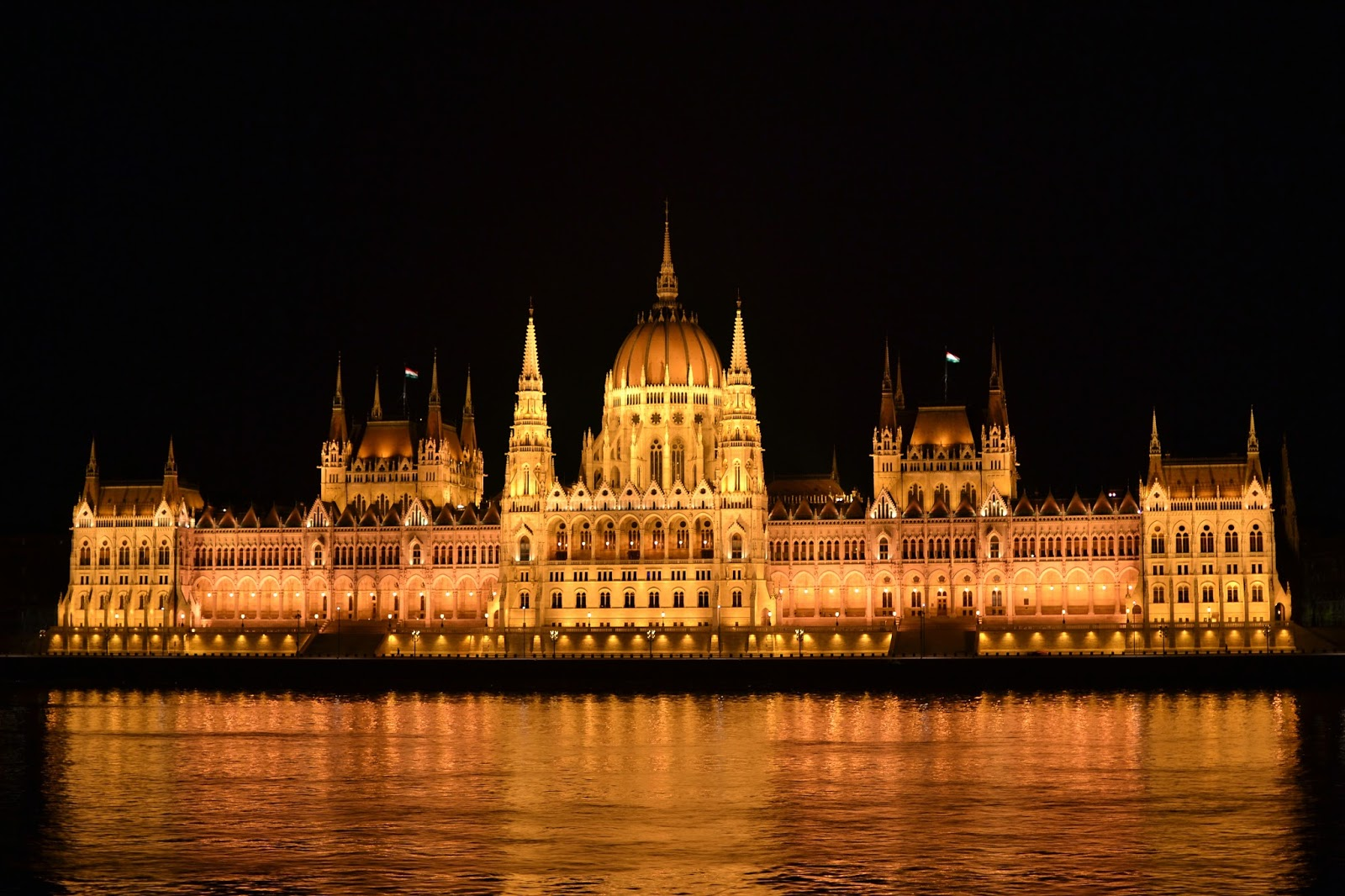 Budapest, hungarian parliament, eastern Europe,beautiful, photography, nic hilditch-short, paul short