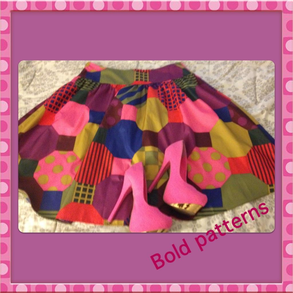http://3.bp.blogspot.com/-n7tHdkOeqQA/UBhbuPtX7qI/AAAAAAAABKI/eJhjYIkHNm4/s1600/boldpatterns.JPG