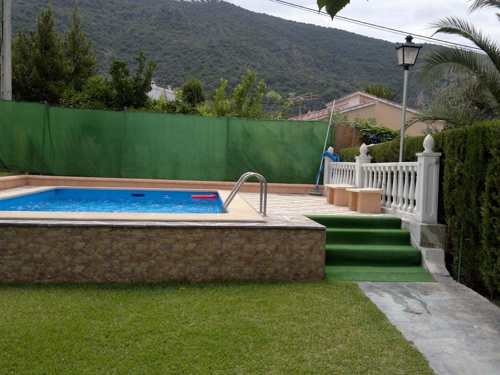 Vivienda turistica de alojamiento rural las buganvillas for Barredera piscina