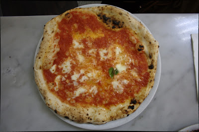 Pizza Margherita la Da Michele