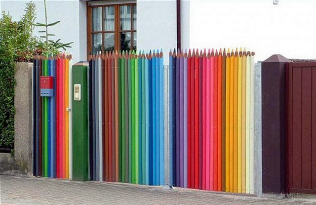 Original Garden Fencing Ideas, Decorative Pencils As Garden Fence Panels