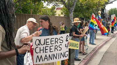 QUEERS & CHEERS 4 MANNING