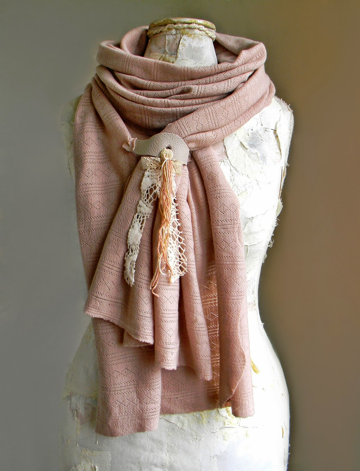 Wrapped Fashion Shawls Handmade Wide Scarf with Beautiful Applique for Women