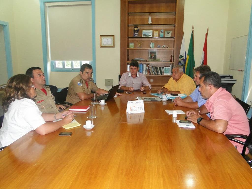 Arlei se reúne com comandante do Corpo de Bombeiros na Região Serrana