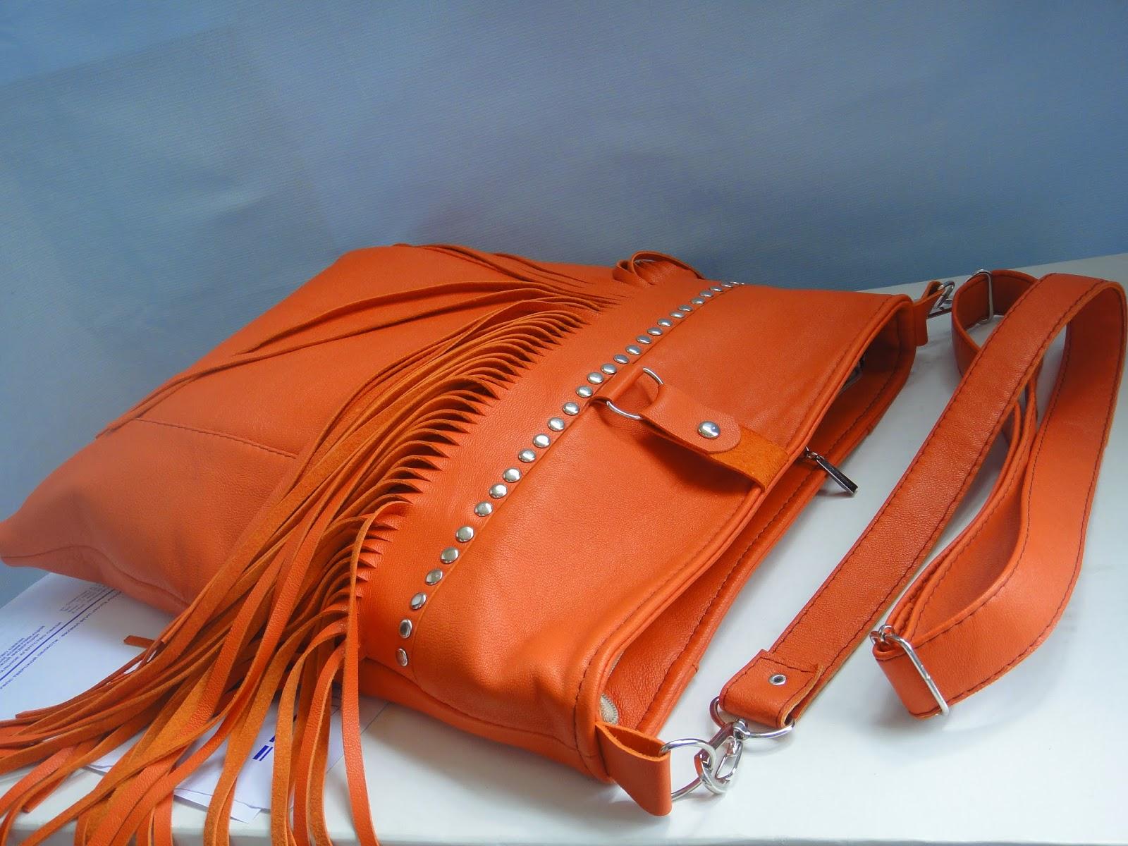 сумка из рыжей кожи через плечо