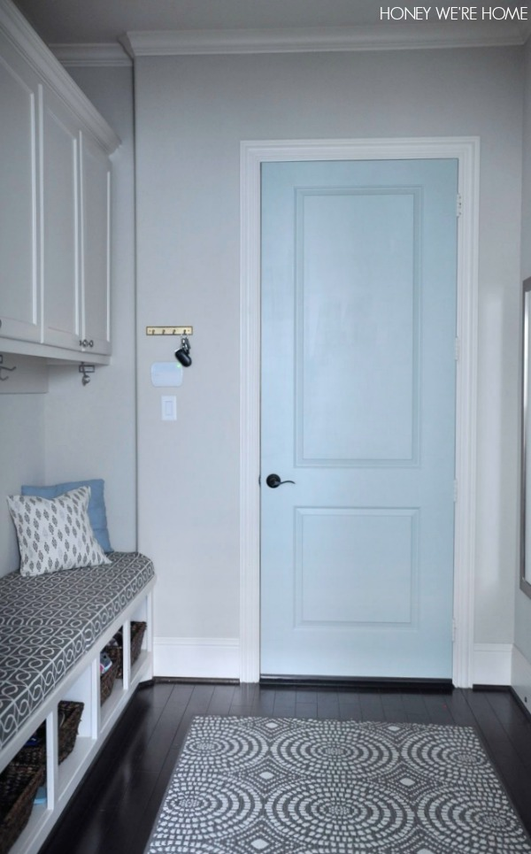 honey we 39 re home painted mudroom door sherwin williams comfort gray. Black Bedroom Furniture Sets. Home Design Ideas