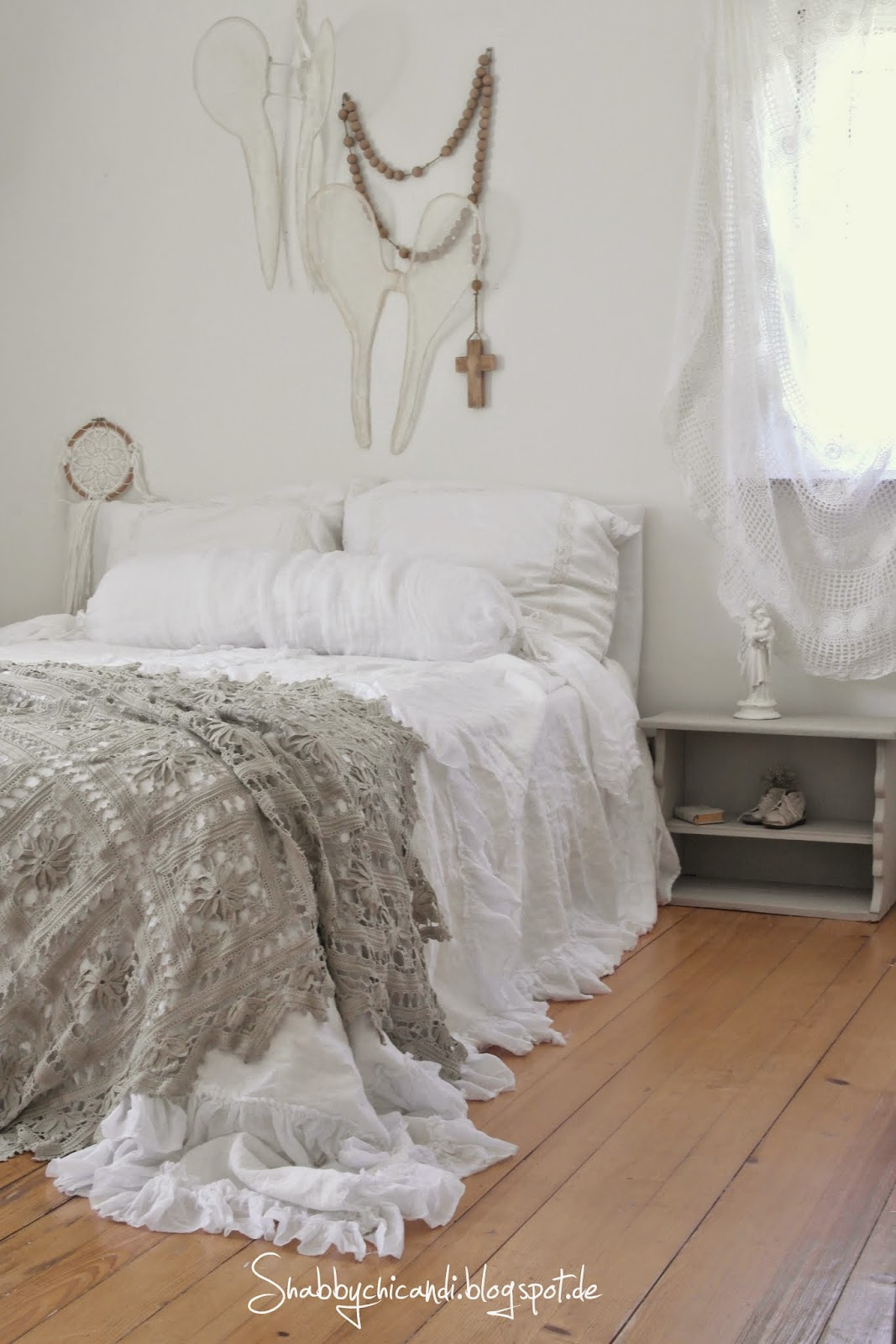 romantic Living Shabby chic Bedroom