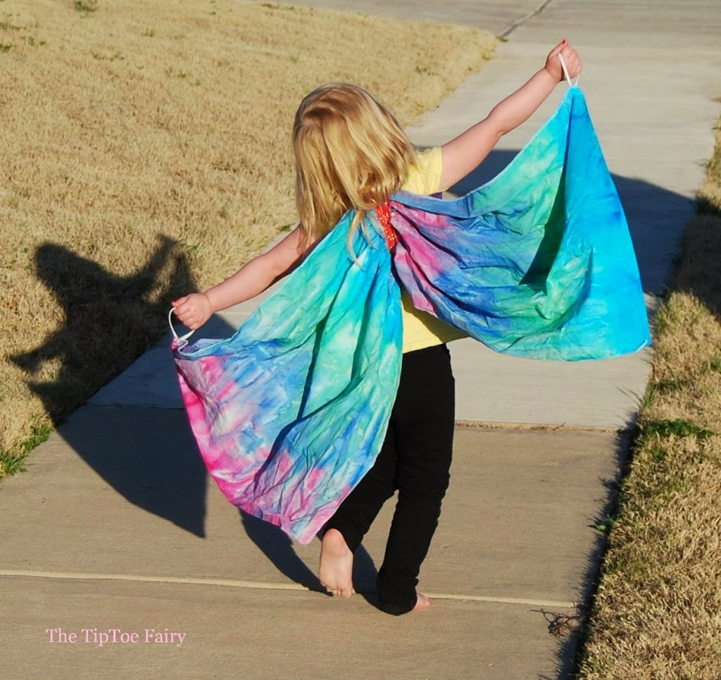 http://thetiptoefairy.com/blog/2014/02/butterfly-wings-tutorial.html
