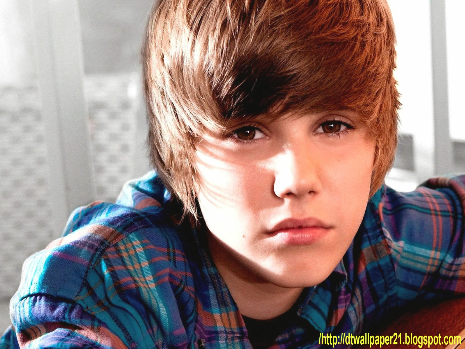 Justin Bieber Hairstyles Wallpaper | Celebrity Hd Wallpapers