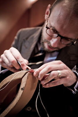 Hermes: Trying the saddle stitch