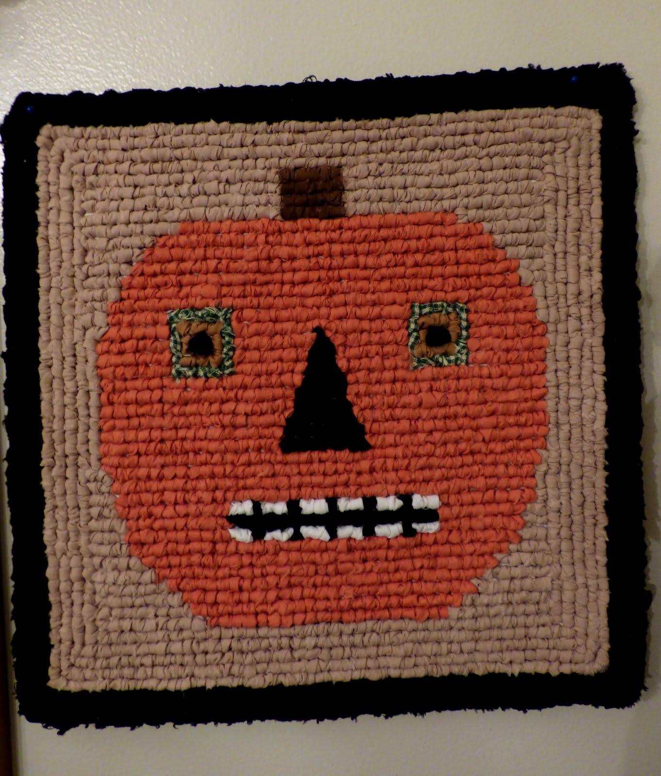 Pumpkin Locker Hooking Mat