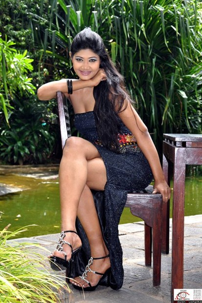 Sumudu Prasadini Hot and Sexy Photo