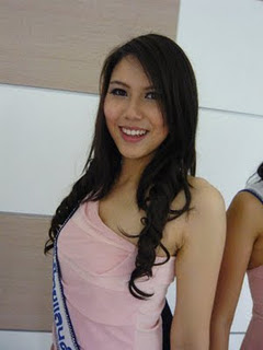 Niratcha Tungtisanont miss earth 2011 contestant