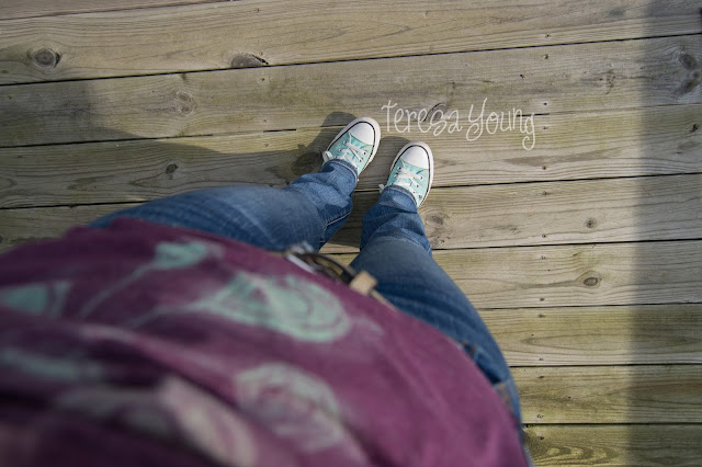 Sevenly Choose Love Converse low tops