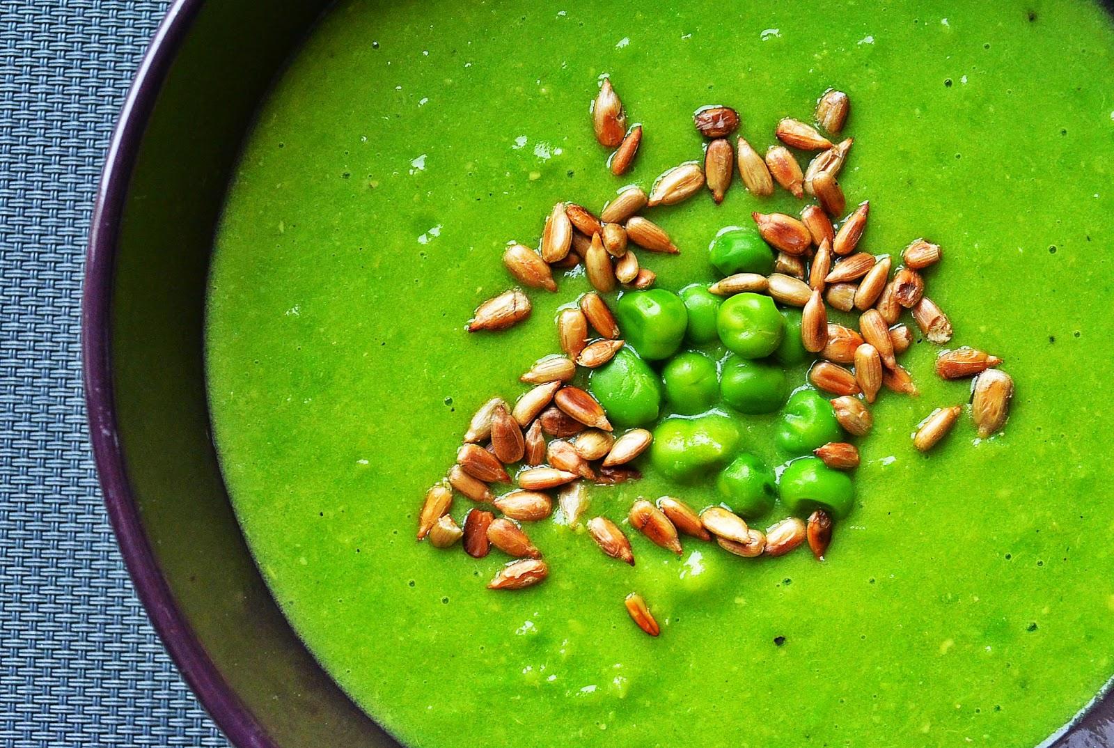 Kremowa zupa z zielonego groszku