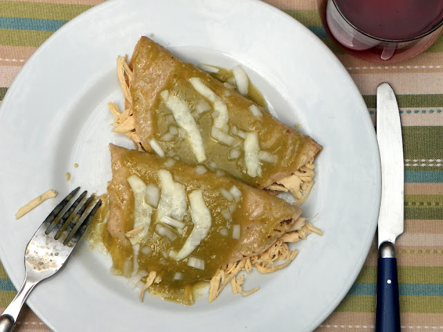 Cocina que te cocina enchiladas verdes con pollo bajas for Tipos de encielados