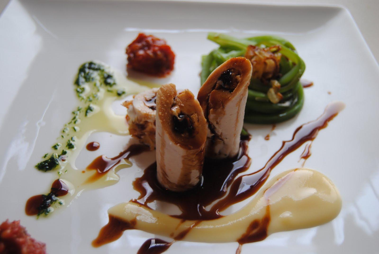 El placer de cocinar timbales de pollo con tallarines de for Cocinar judias verdes