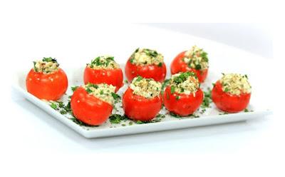 طريقة عمل سلطة يونانية بالجبن والزيتون,  سلطة يونانية, سلطة يونانية بالجبن, جبن, الزيتون, زيتون